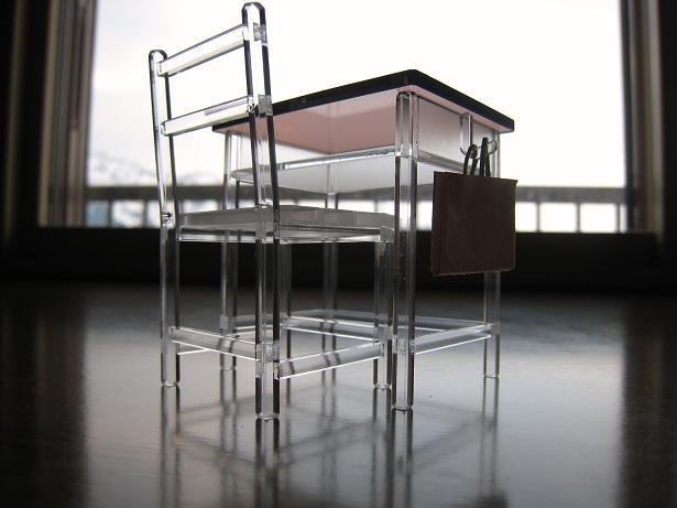 机と椅子 04.JPG